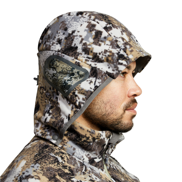 Stratus Windstopper Jacket in Elevated II safety harness port closure
