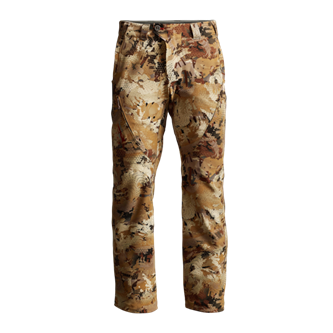 Dakota Pant for waterfowlers in Marsh